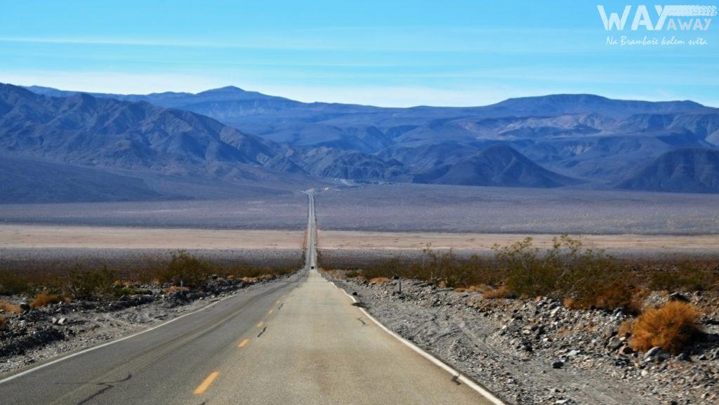 Národní park Death Valley? Pořád rovně a hlavně hrozné horko.