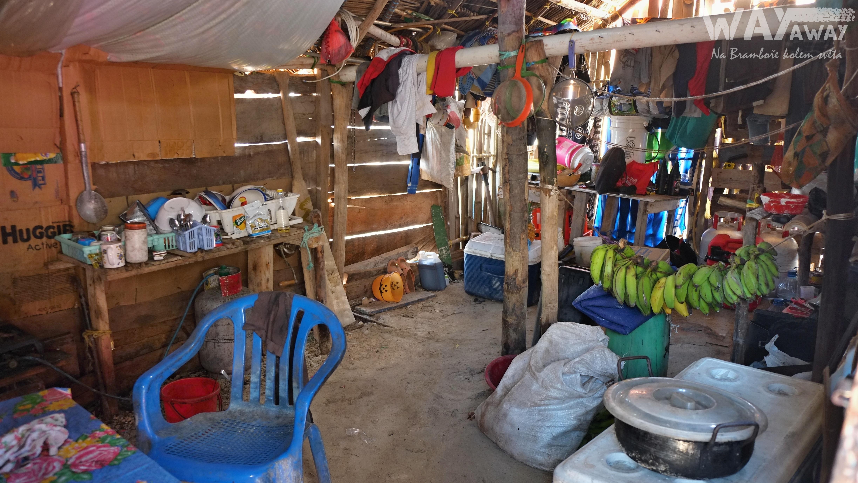 Interiér typického obydlí indiánů Kuna