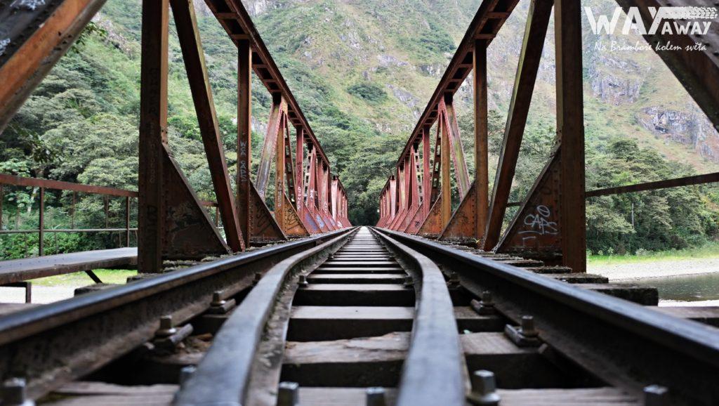 Koleje vedoucí do Aguas Calientes
