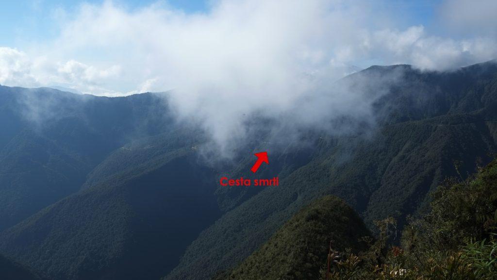 Cesta smrti z protilehlého kopce