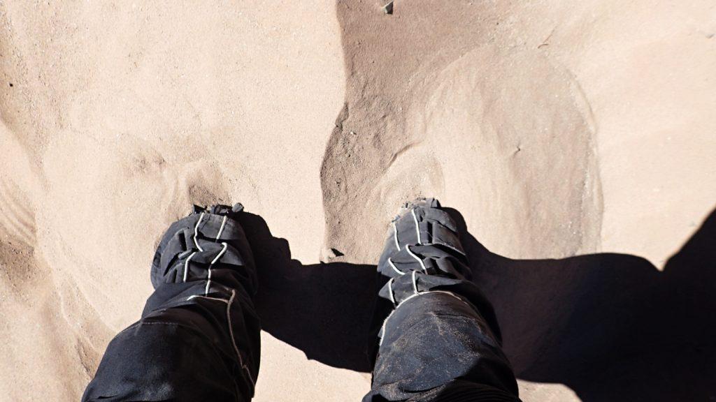 Po kotníky v písku